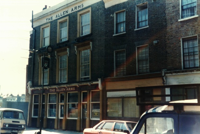 1988 - The Allen Arms pub, Allen Road, Stoke Newington. Converted to flats following fire.