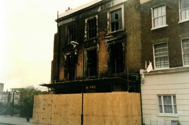 1993 - The Allen Arms pub, Allen Road, Stoke Newington,